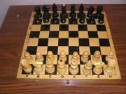 Деревянные шахматы с деревянной доской